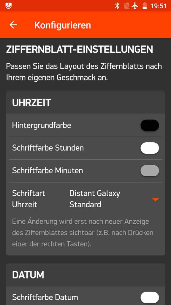 Screenshot der Smartphone App mit Einstellmöglichkeiten für die Uhrzeit